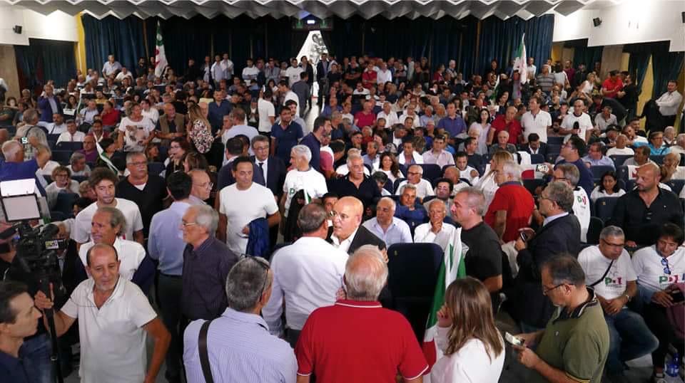 oliverio-pubblico La maggioranza degli eletti con la mozione Zingaretti non parteciperà all'assemblea nazionale del PD a Bologna